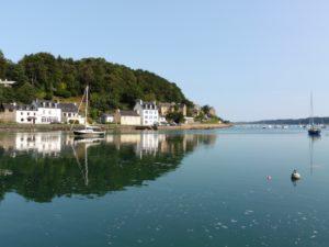 locquenole, au bord de la riviere de morlaix, Bretagne