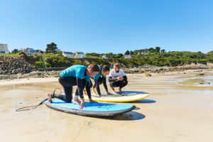 cours de surf a Locquirec, Finistère